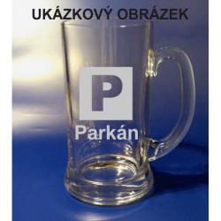 Pískovaný pivní tuplák se jménem a obrázkem auto 3