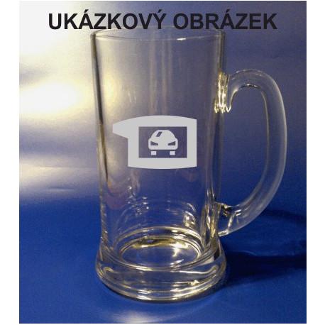 Pískovaný pivní tuplák se jménem a obrázkem auto 4